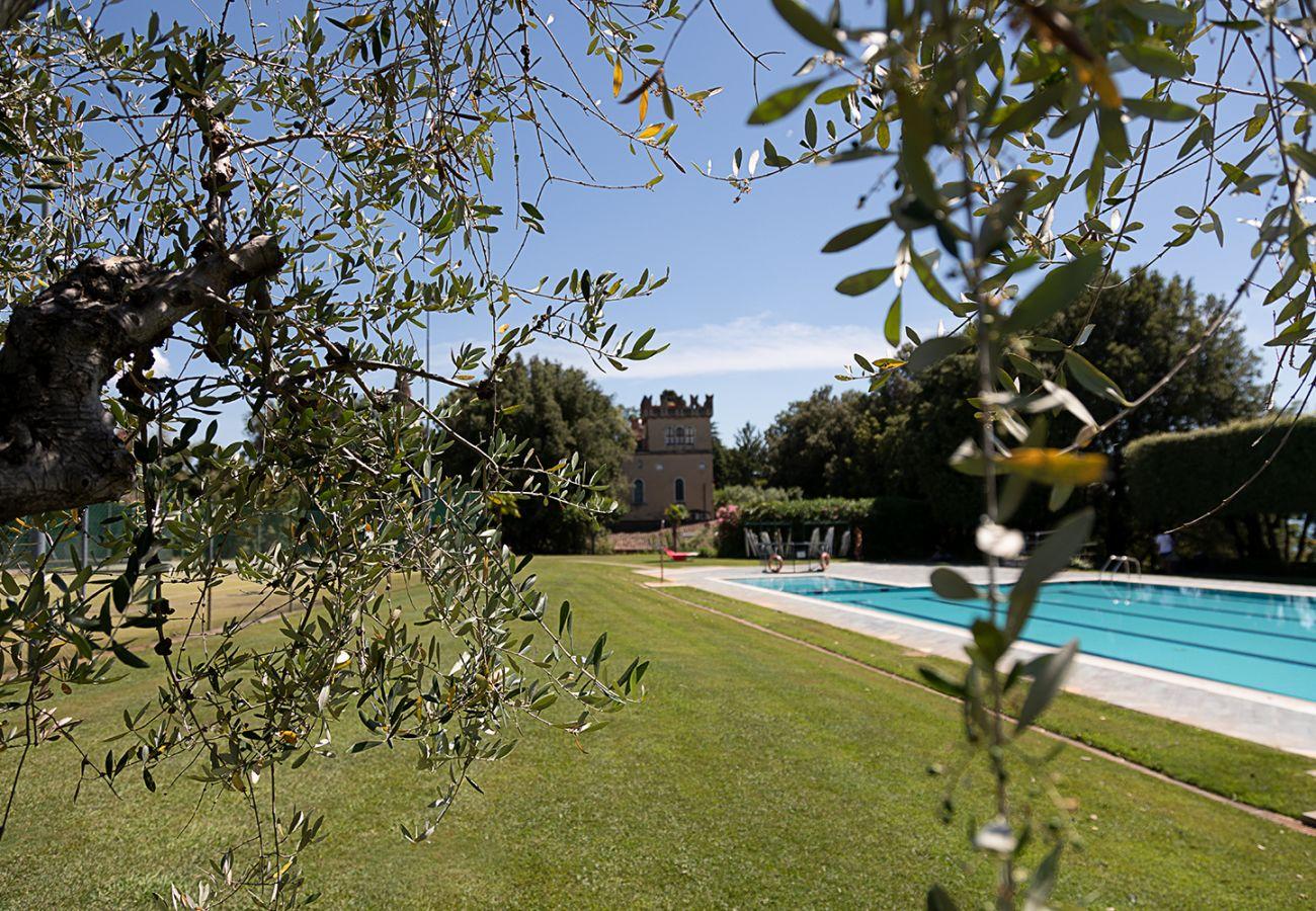 Appartamento a Lazise - Regarda - Trilocale Pergolana 11 di Lazise sul lago con parco e piscina