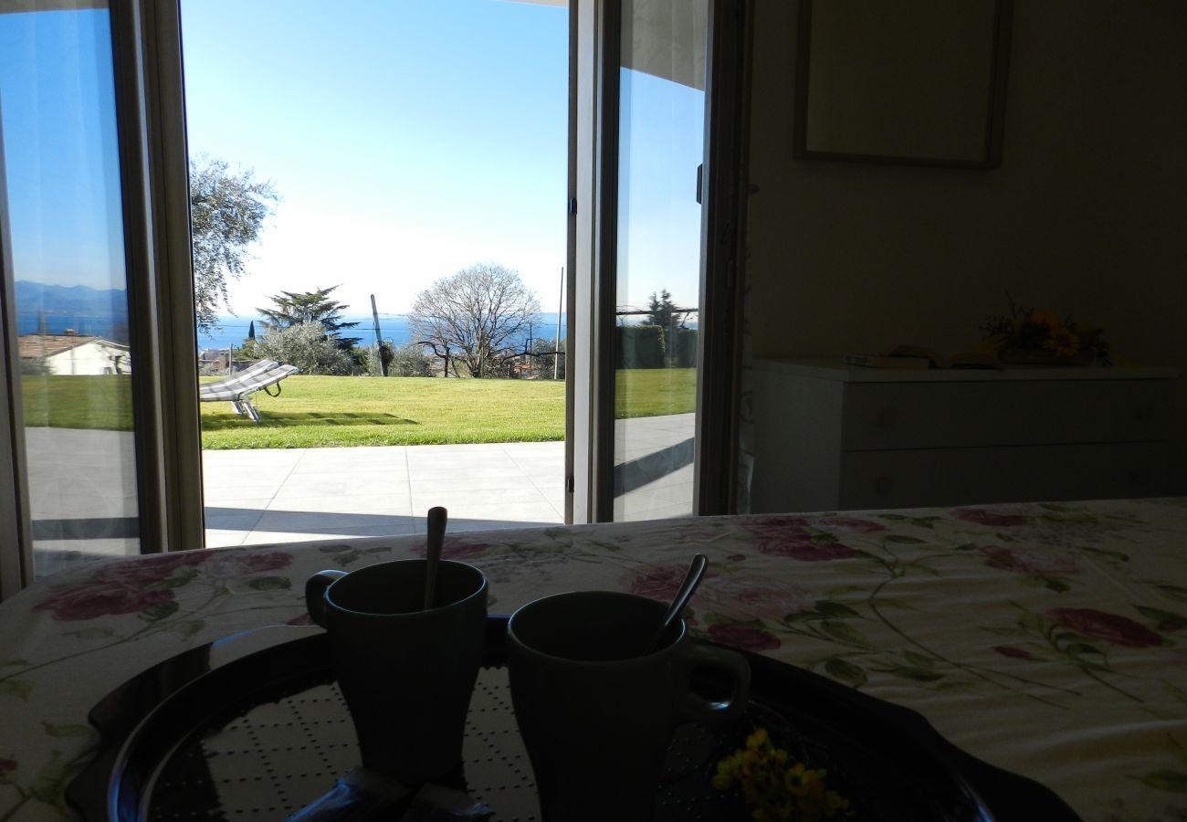 Villa in Bardolino - Regarda - Villa Alba in Bardolino with lake view, private garden and wifi