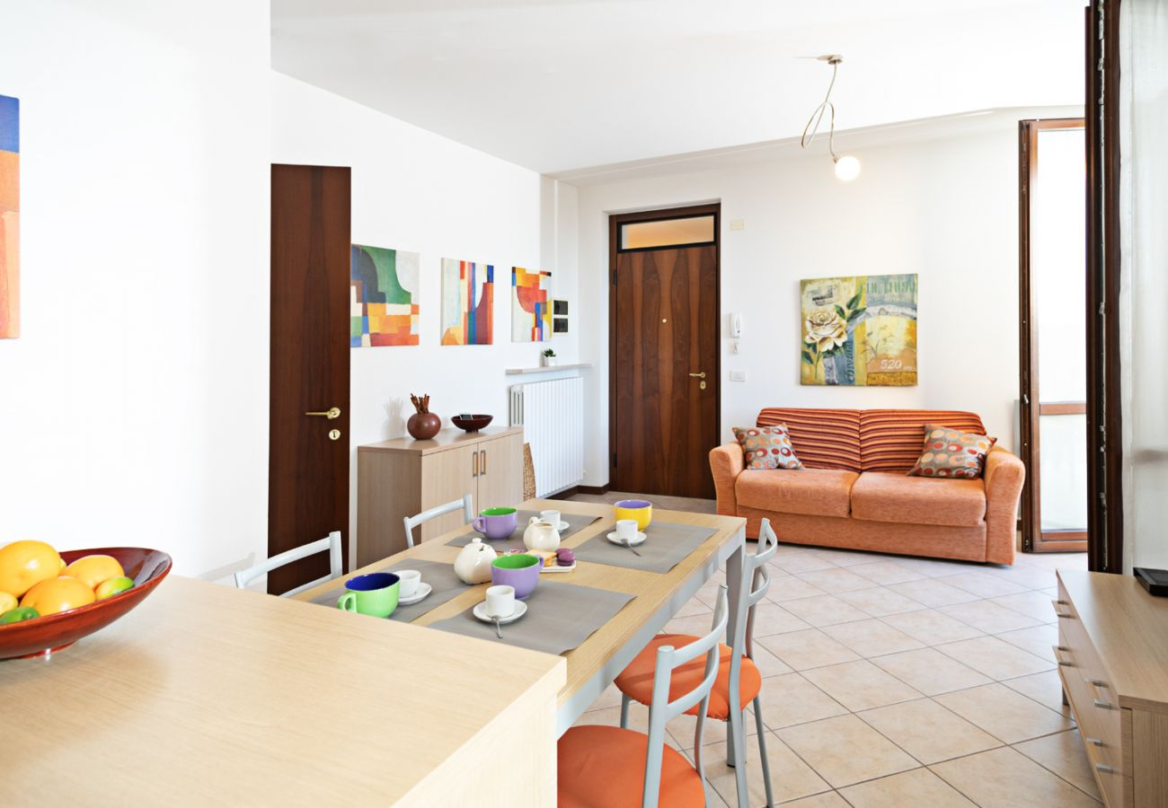 Apartment in Lazise - Regarda – apartment Miralago in Lazise with private garden, pool, pets allowed